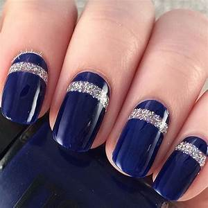 Beautiful looking dark blue nail art design the is