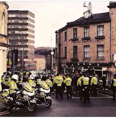 Sheffield Wednesday fans at away games - picture thread ...