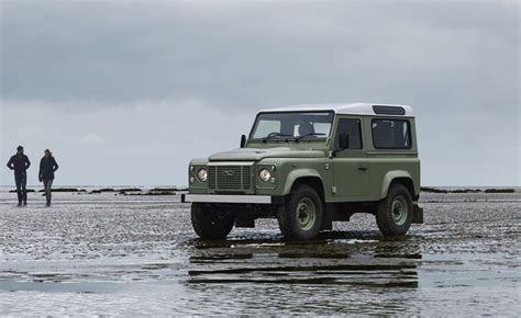new land rover defender coming by 2015 report new land rover defender coming with 5 bodystyles