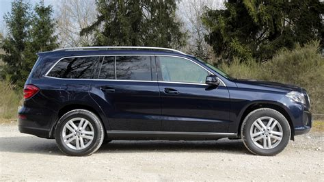 Mercedes Gls Class Backgrounds by Mercedes Gls Class 2016 Wallpapers And Hd Images