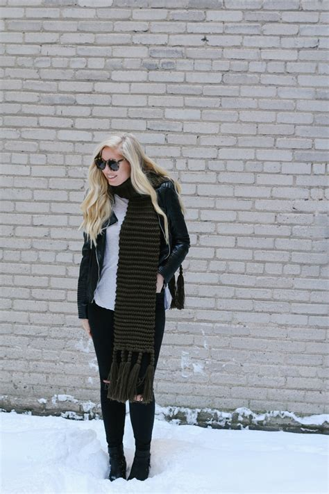 Casual Winter Date Night Outfit - Brunch on Sunday