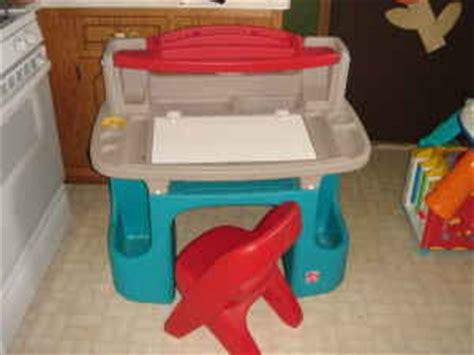 mybundletoys step2 master desk with stool