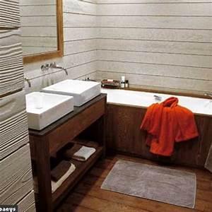 Salle De Bain En Bois : 12 salles de bains de bois v tues c t maison ~ Premium-room.com Idées de Décoration