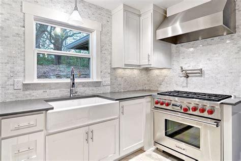 contemporary kitchen backsplashes staggering quartz countertop decorating ideas for kitchen