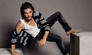 Game of Thrones star Kit Harington talks greasy hair and ...