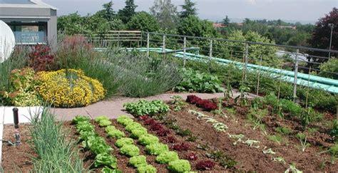 corso  la gestione  orti  giardini alla ugo