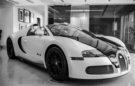 Bugatti Veyron White And Black by Black And White Bugatti Bugatti Cars Bugatti