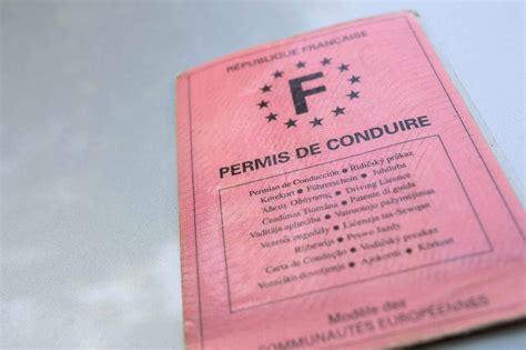 permis avec la poste la poste des employ 233 s vont devenir inspecteurs du permis de conduire