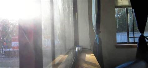 bureau qui se ferme diy une fenêtre qui se ferme automatiquement lors du