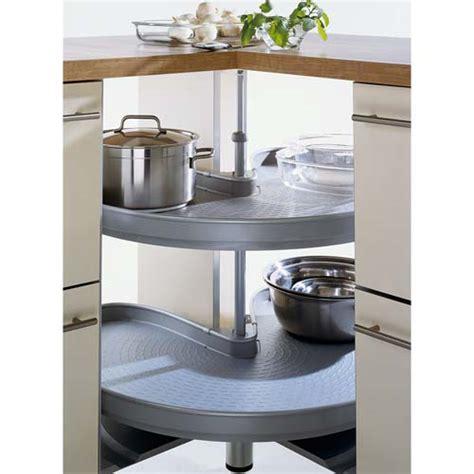 rangement d angle cuisine meuble d angle cuisine et billot adaptés pour aménager une