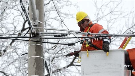 power outage continues   whitby residents