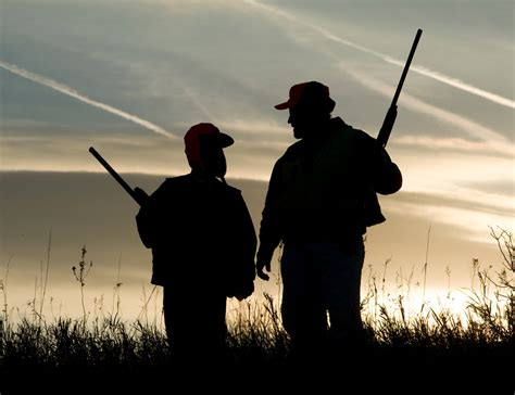 medical minute safety tips  hunters   ages