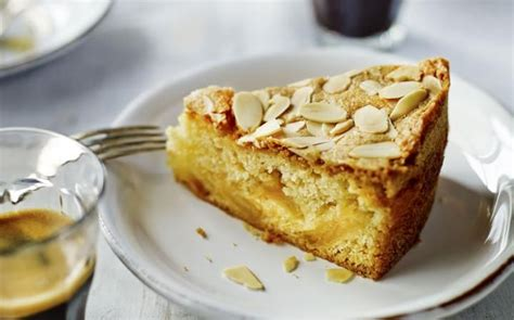 486 best images about cake recipes on almond cakes meringue and almonds