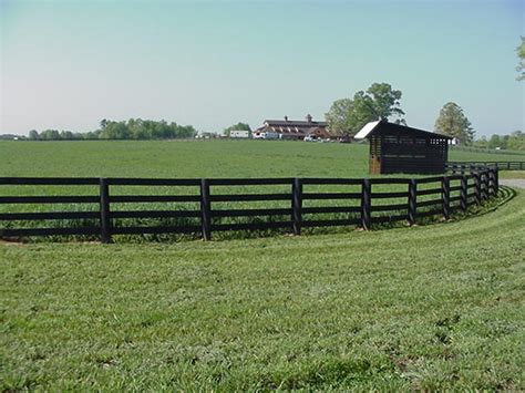 North Carolina Wood Corral Horse Fencing
