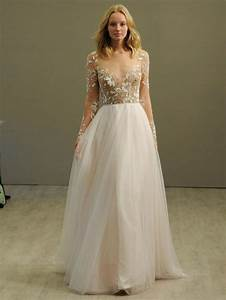 Long sleeve wedding dresses how to create your best look for Long dresses for wedding