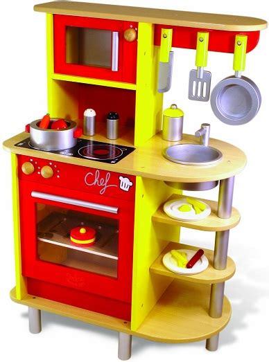 cuisine imitation bois grande cuisine en bois vilac jouet cuisine du chef