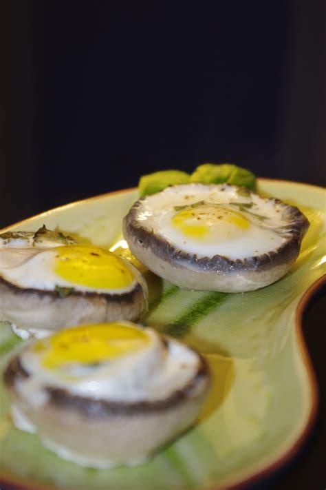 cuisiner une caille chignons farcis aux oeufs de caille basilic frais