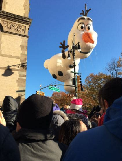 macys thanksgiving day parade   images route