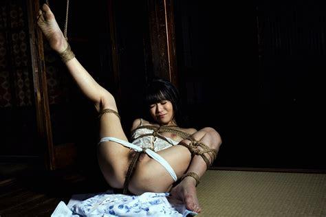 Thumbnow Japanese Babe Yumika Hayashi 林由美香 Erotic Photo 8