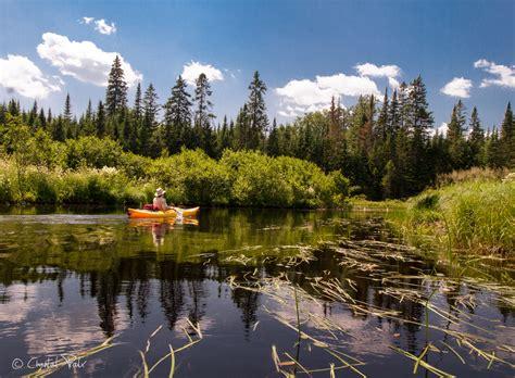 kayak sur les lacs du parc du mont tremblant 1001 d 233 tours