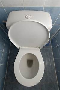 Wc Spülkasten Reparieren : wc sp lkasten reparieren so geht 39 s in 6 schritten ~ Michelbontemps.com Haus und Dekorationen