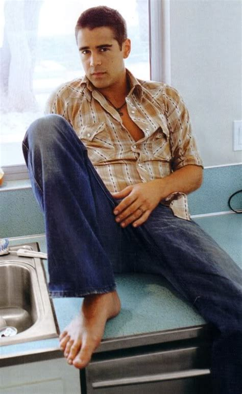 colin o donoghue barefoot colin farrell people pinterest