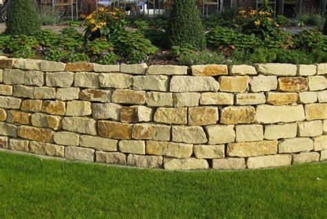 Mauer Im Garten Gartenmauer Galabau Mähler Mauer Garten