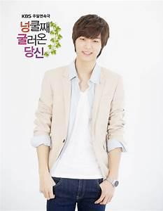 5 Style Unik Kang Min Hyuk dalam K-Drama - CERITAKOREA.COM
