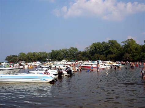 Boating In Wisconsin by Boating On Lake Winnebago Fox River And Wolf River Of