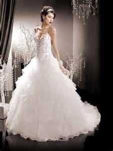 spaghetti strap corset organza winter wedding dress with