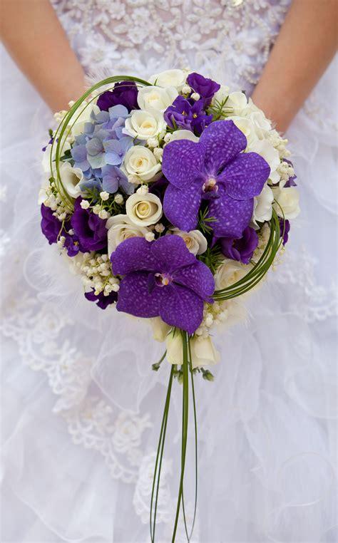 beautiful wedding flowers bespoke bouquet ideas
