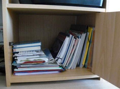 tablette de bureau poser une tablette dans un caisson de bureau