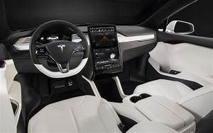 Does anyone agree that the interior of the Tesla Model S feels cheap? - Quora