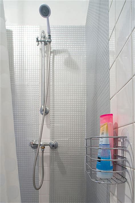 carrelage salle de bain adhesif