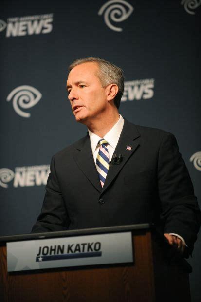 John Katko makes Election Day stop in Auburn as voters ...