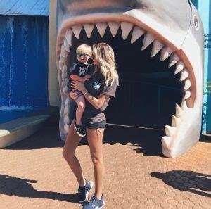 Dustin Johnson's girlfriend Paulina Gretzky - PlayerWives.com