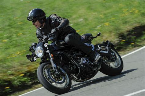 Review Ducati Scrambler Cafe Racer by Ducati Scrambler Caf 233 Racer Review Visordown
