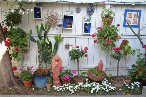 Garden Color And Flair by Mexican Garden My Patio Reflects My Style The