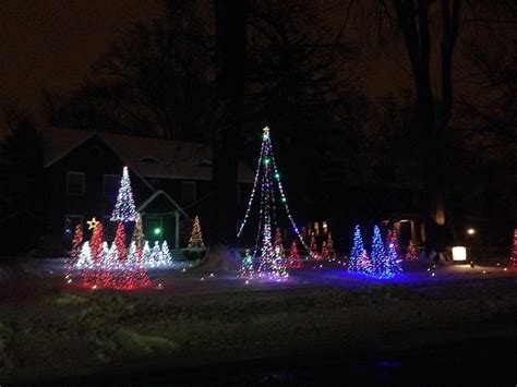 musical christmas light display in cleveland heights