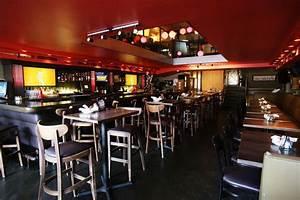 Wicker Park Sports Bar Pioneer Fifty  50 Getting