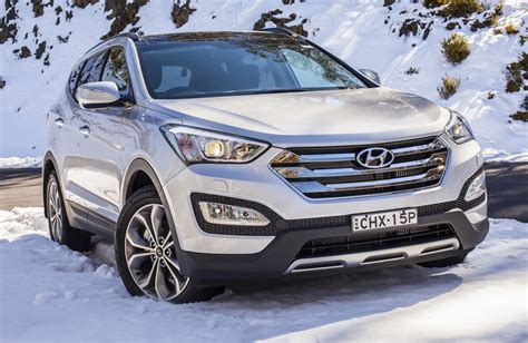Hyndai Santa Fe by 2013 Hyundai Santa Fe Review Specs Photo Car Review