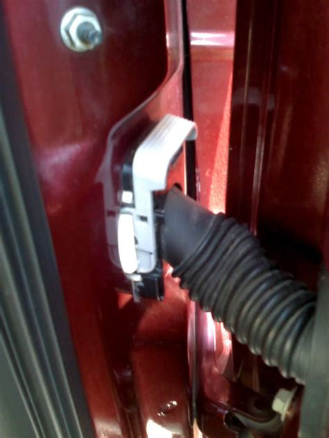 Ford F 150 Wiring Harnes Clip by How To Fix A Broken Door Wire F150online Forums
