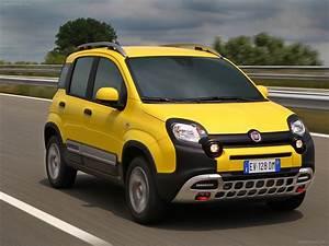 Fiat Panda Jaune : fiat panda cross 2015 exotic car photo 35 of 104 diesel station ~ Gottalentnigeria.com Avis de Voitures