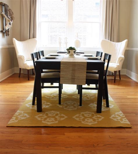 rugs  showcase  power   dining table