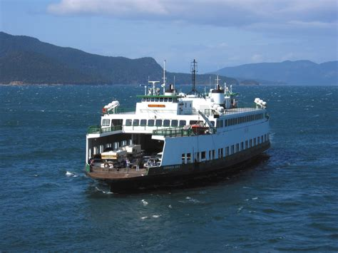 Ferry Boat Jobs Seattle by Seattle Ferry Terminal Service Halted Due To Fruitcake