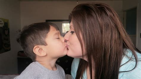 Mom Kisses Son On Mouth! Youtube
