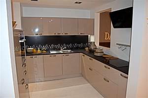Küche 2 70 M : nolte k che u form grau k chenb rse nolte k chen bis zu 70 preisw ~ Bigdaddyawards.com Haus und Dekorationen