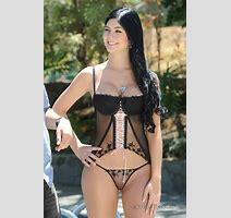 Body Exrems Camila And Mariana Davalos Super Hot