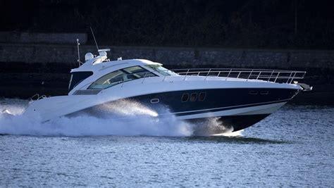 Speedboot Naar Engeland by Vader En Dochter 8 Komen Om Na Ongeval Met Speedboot In