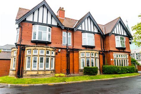 newtons house newton house mhc